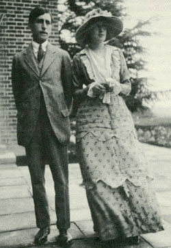 Leonard and Virginia Woolf on their wedding day